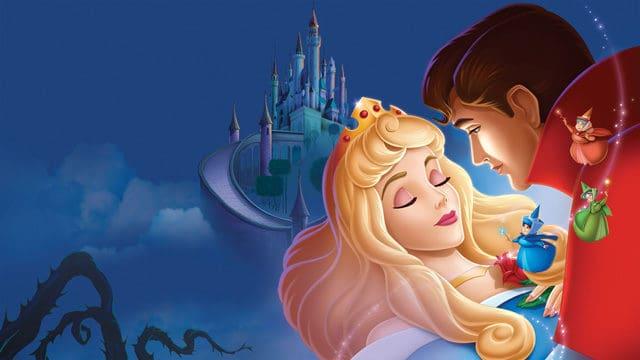 Man Hacks his Girlfriend's Favorite Movie for Epic Disney Proposal