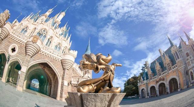 Tokyo Disney Closing due to Coronavirus