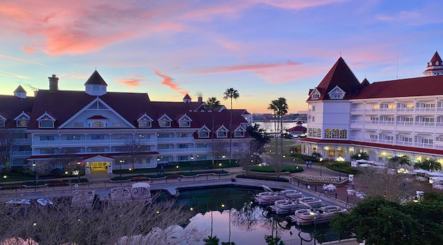 Review- Staying at the Grand Floridan