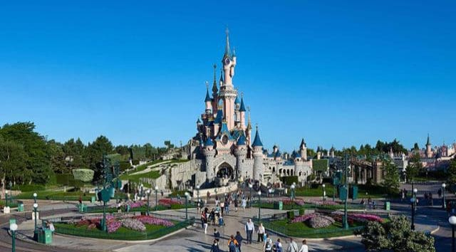 Disneyland Paris Closed Until Further Notice