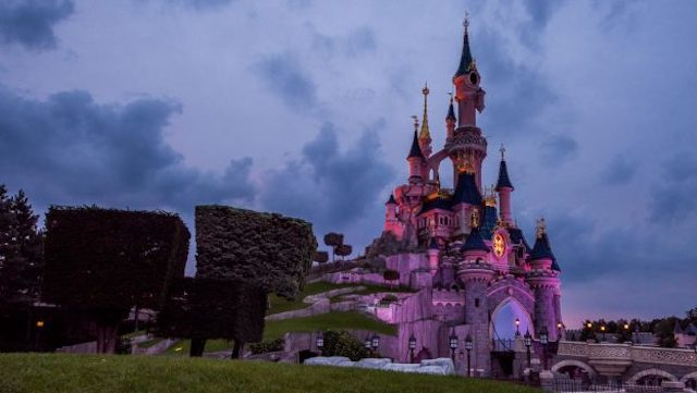 Extended Restrictions Mean Disneyland Paris not Likely to Reopen for Several Months