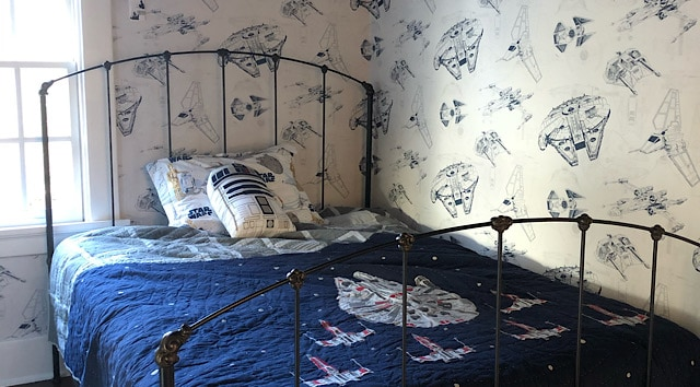 Creating the Perfect Star Wars Bedroom: A Photo Tour