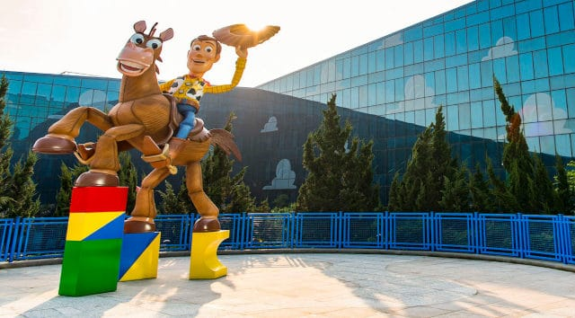 New Video: Shanghai Disney Prepares To Welcome Guests