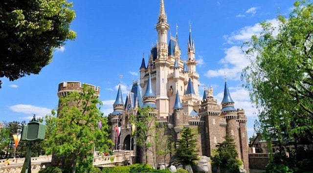 News: Japan Extends State of Emergency Possibly Delaying Disney Tokyo Opening