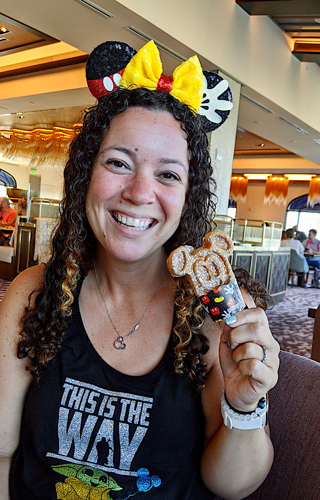 Topolino's terrace jamie mickey waffle