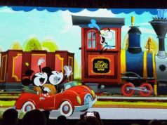 Mickey and Minnie's Runaway Railway Construction in Disneyland has been Delayed!
