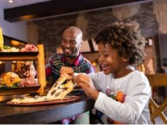 Select Disney restaurants are offering special discounts for the holidays!