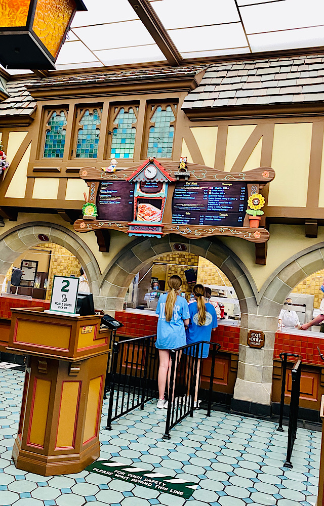pinocchio village house dining view counter