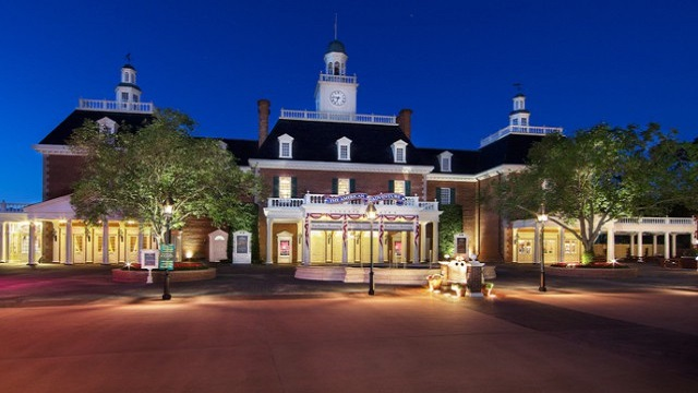 Revisiting the World Showcase and the Customs of Christmas: America