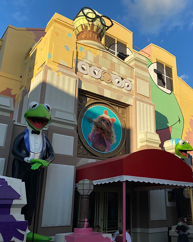 muppet store signage removed