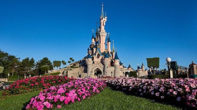 Disneyland Paris has a New Reopening Date
