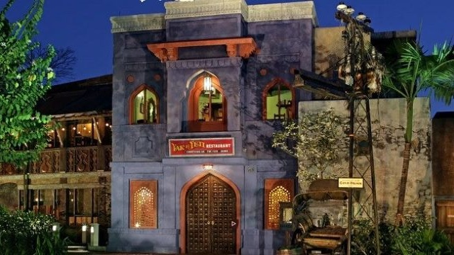 These Disney Restaurants are Offering Limited Time Law Enforcement Discounts
