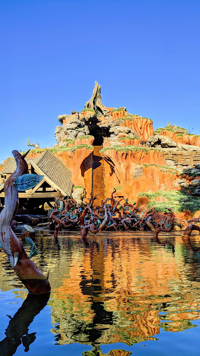Breaking News: Popular Magic Kingdom Attraction Evacuated!