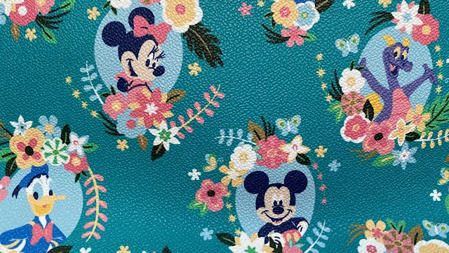 Beautiful Disney purses to add to your collection this spring