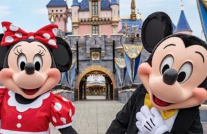 Breaking News: Chapek Announces Disneyland Reopening Date!