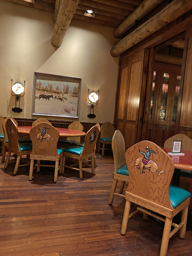 Whispering Canyon Cafe New Food Review: Is It Still a Roaring Good Time?