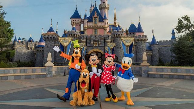 Could a new change now allow Disneyland to open to out of state guests?