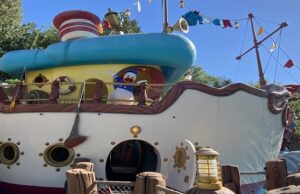 Where and How To Find Favorite Characters at Disneyland Park