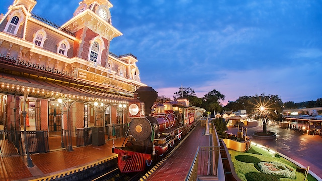 Disney World Railroad takes a BIG Step Towards Reopening!
