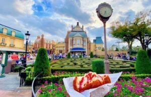 POLL: What's the Best Snack in Epcot?