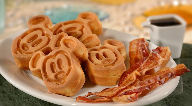 This law may force you to eat cheese pizza at Disneyland