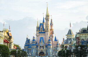 Disney Cast Members Plan Protest in view of Recent Mandates