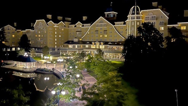 A Disney Resort is now turning guests away due to worker strike
